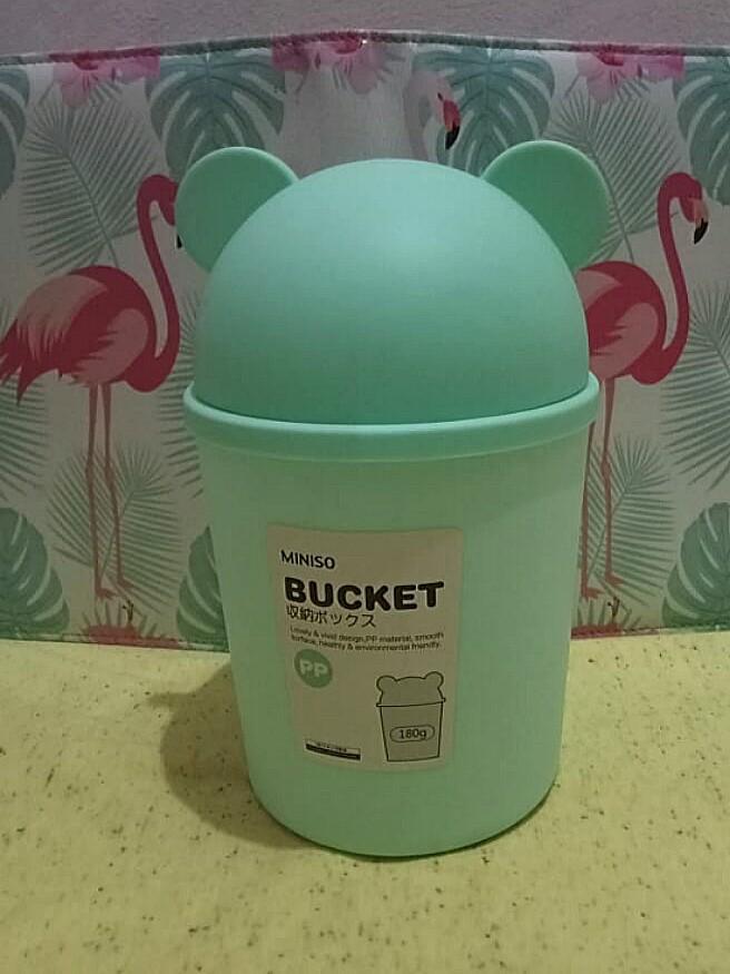 Miniso bucket