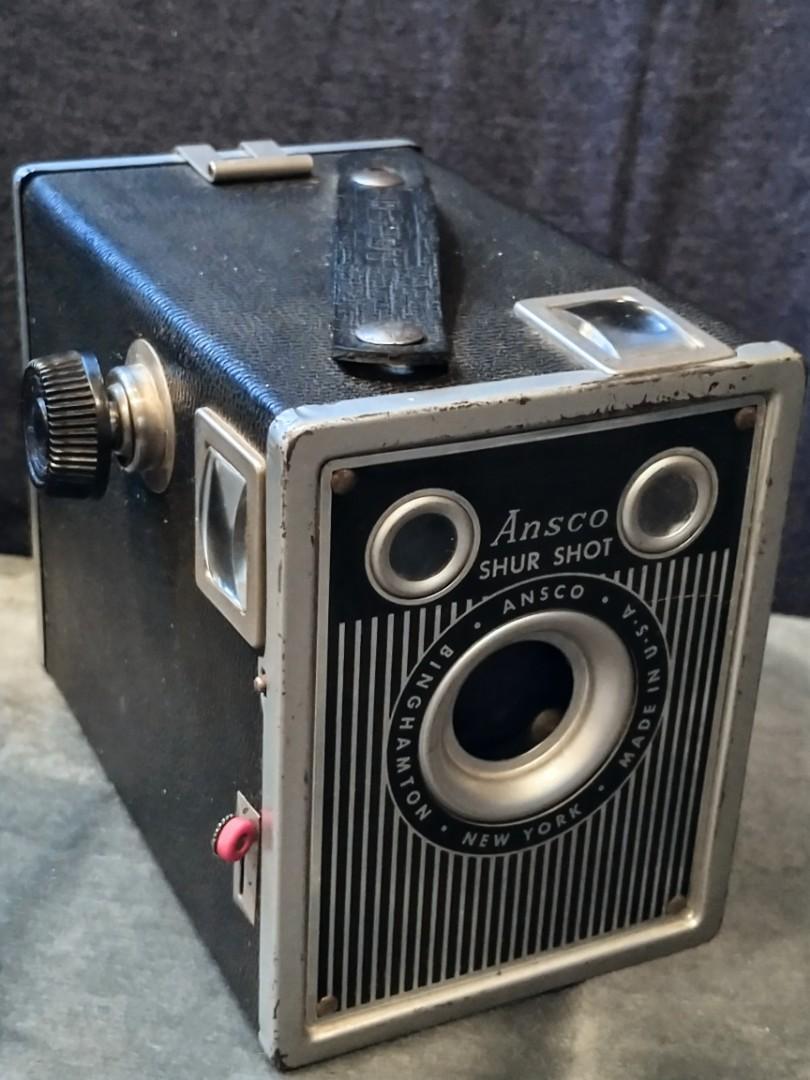 Vintage Mid Century ANSCO Shur Shot Camera
