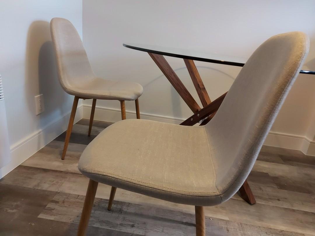 200$+ value 2 chairs, brand new never used