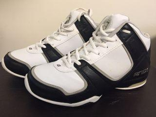 AND1 ADVANCE MID, US 9