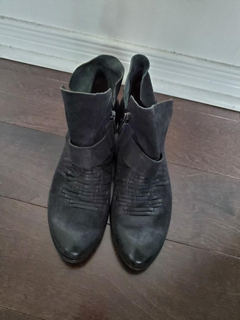 Nordstrom Black Leather Suede Ankle Boots- Size 7