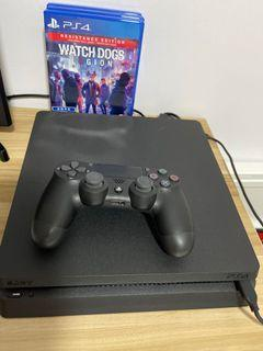 Ps4 Slim 1TB w 2 controllers