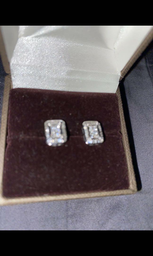 14k white gold baguette earrings