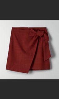 NWOT Aritzia Wilfred dorine / wrap skirt size 4