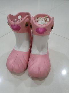 Sepatu boot pink