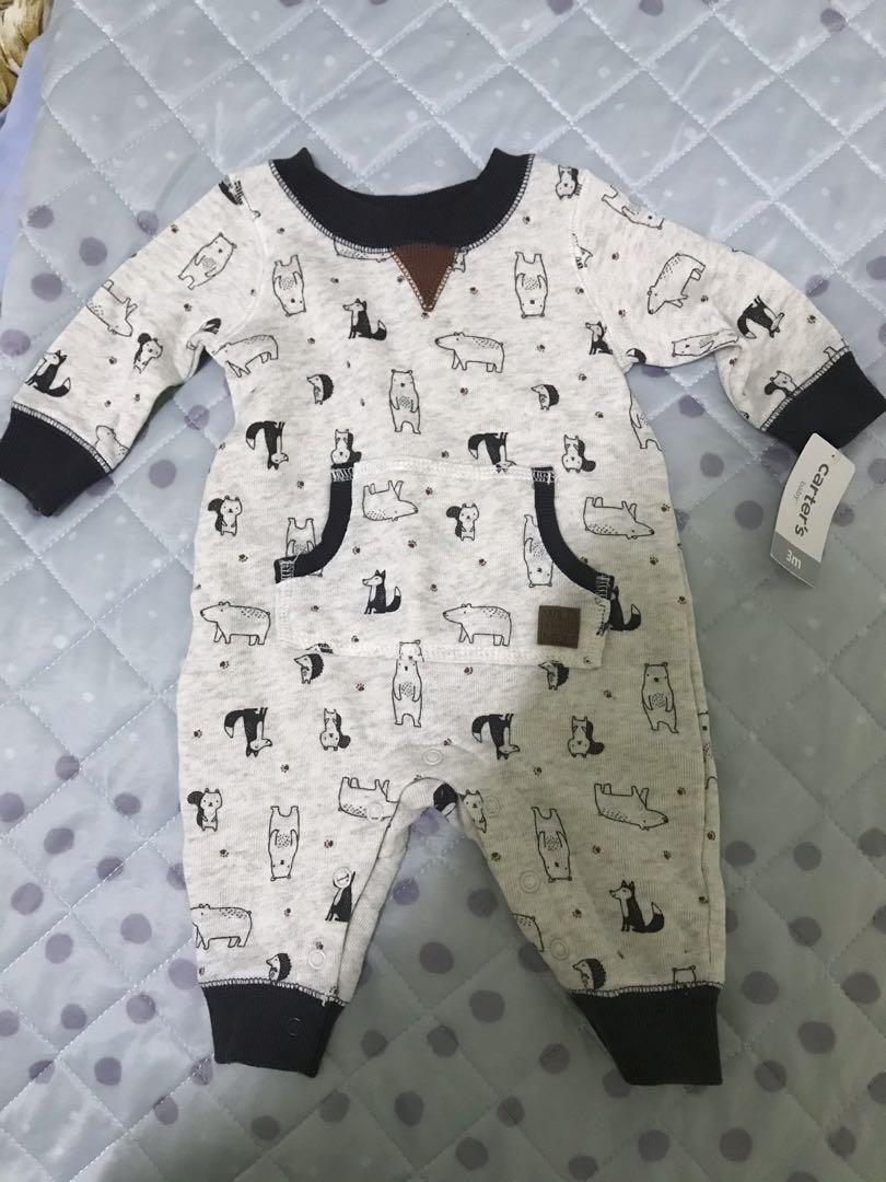Carter's 全新連身衣