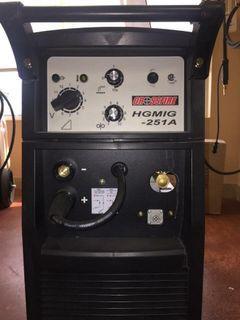 Crossfire 250 MIG welder