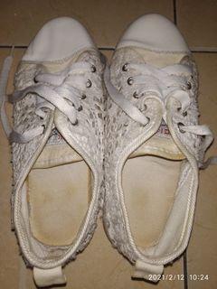 Sepatu IMPOR NYAMAN DIKAKI