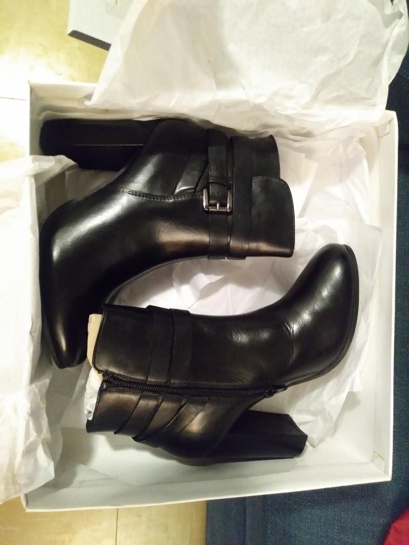 NEW Steven Madden boots