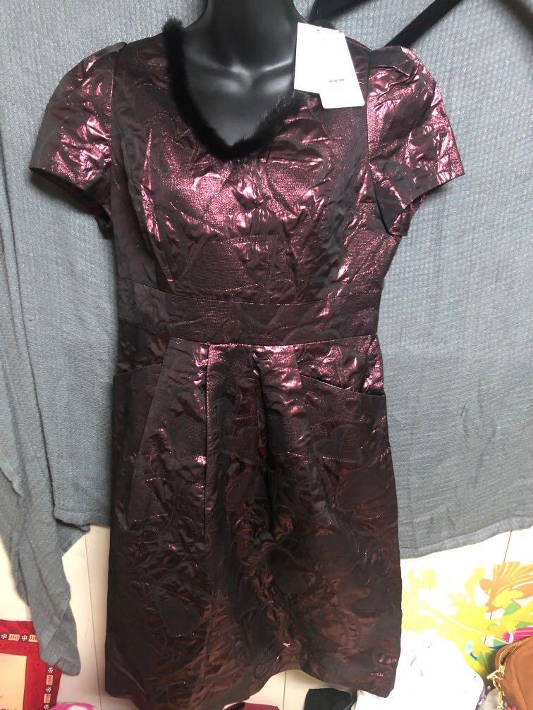 漢神購買10980元全新萊卡佛襄貂毛領喜氣洋裝