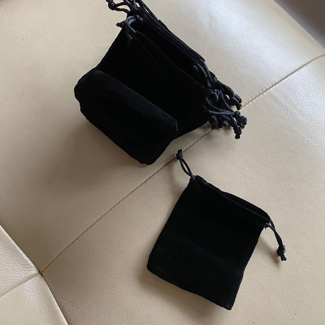 黑色抽繩絨布袋