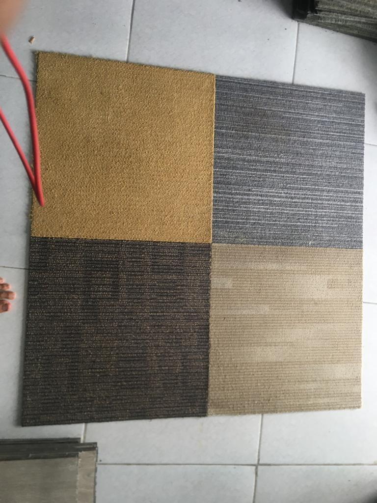 Karpet Tile bekas kantor