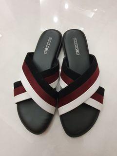 Nakedsol flat sandal