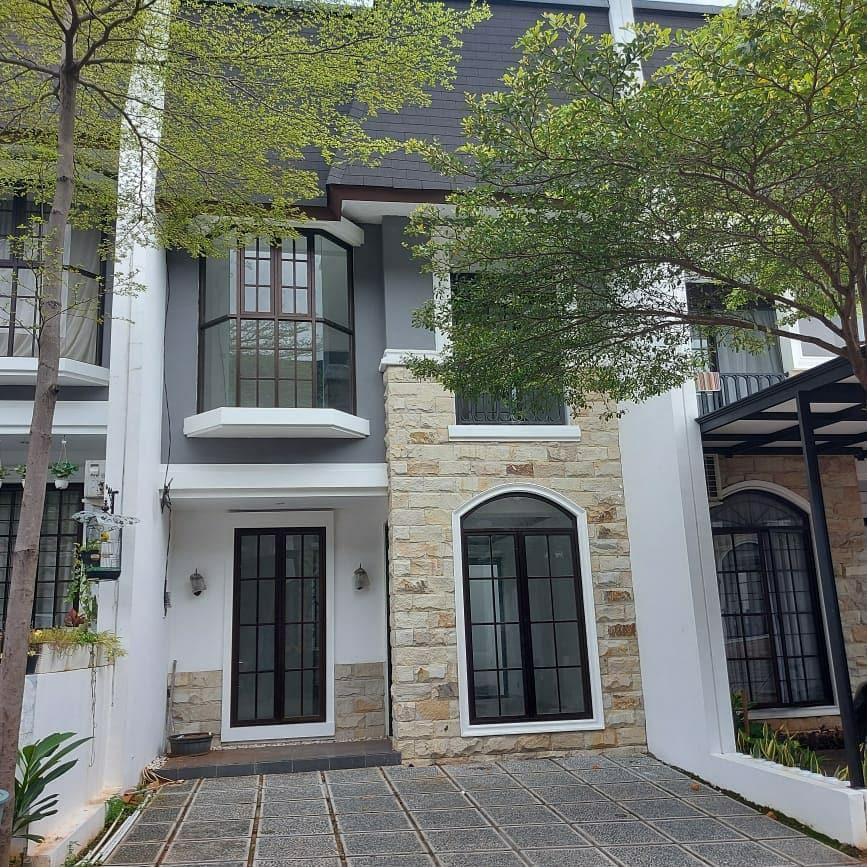 Rumah di Jatikramat Bekasi Baru 2 Lantai Desain Bergaya Eropa