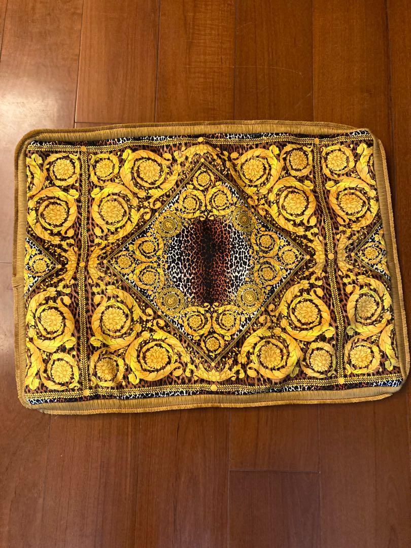 Versace豹紋花錈頭腰枕套