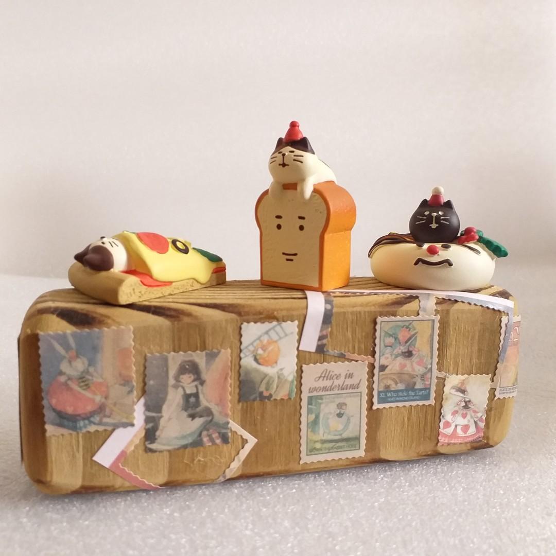 再利用手作 木質擺飾台 愛麗絲夢遊仙境 韓國 繪者 畫家 可愛 貼紙 插畫 插圖 木頭 木質 擺飾 裝飾 公仔 decole