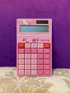 Hello Kitty  計算機  仰角設計∥大型螢幕∥📝 含稅計算器 12位  太陽能 SUPPORT ⭐️包郵寄出
