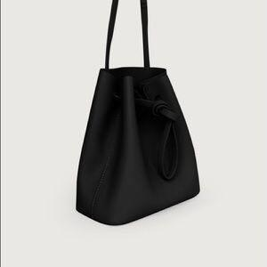 OAK+FORT Bucket Bag