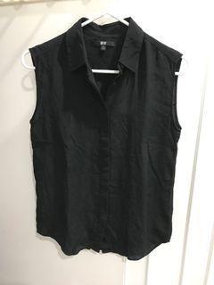 UNIQLO black silk sleeveless collared top
