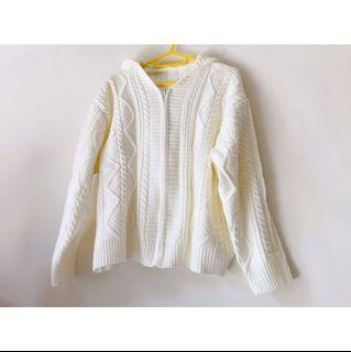 (全新轉賣)白色麻花毛衣外套