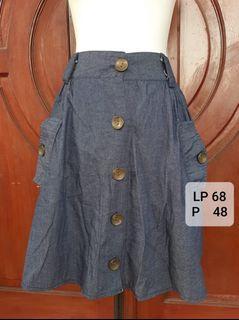 Button skirt #Diskonlebaran