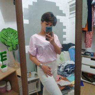 Pink top with free white pants