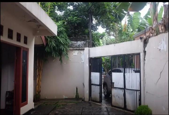 Rumah Murah & Luas 2 Kamar dekat Sentrakota di Jatibening