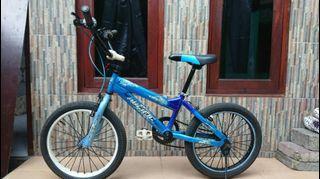 Sepeda BMX Pacific viroso size 8 umur 5-10thn