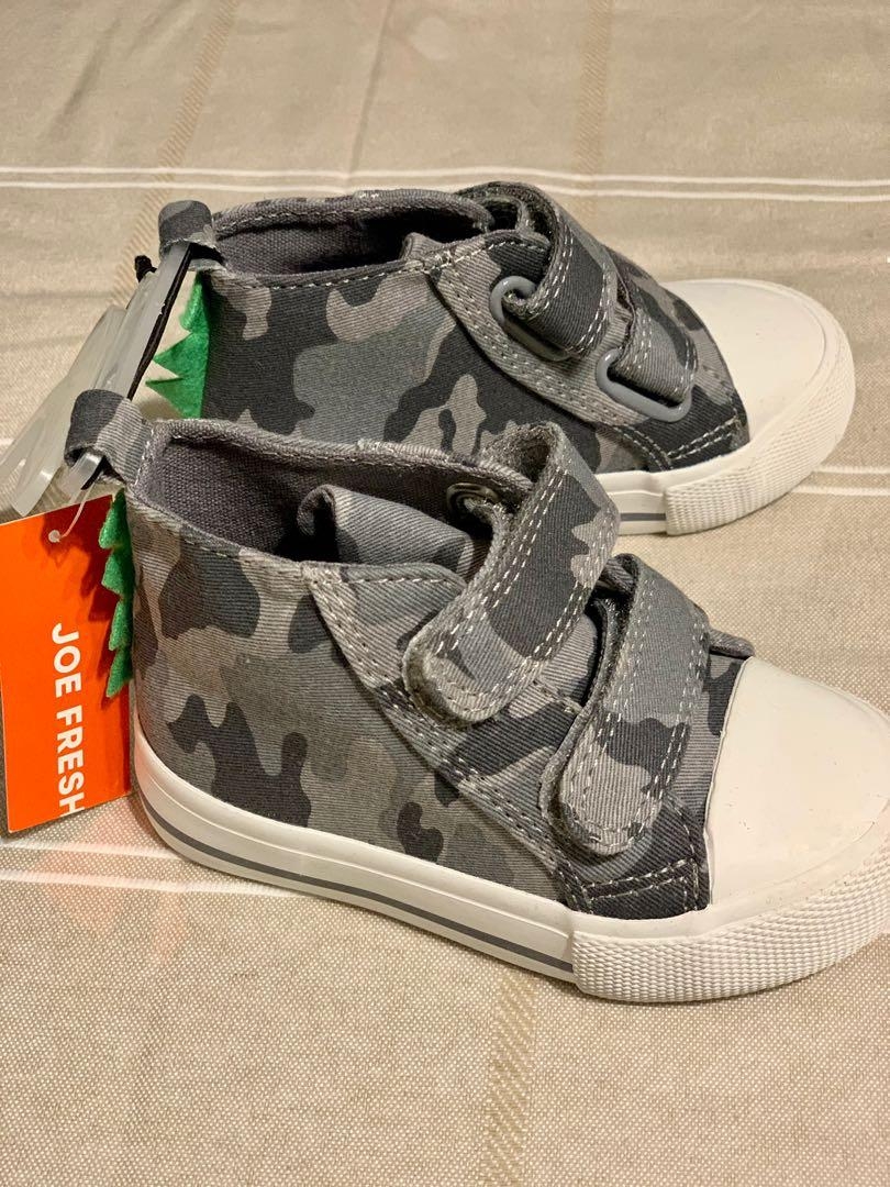 Brand new Joe Fresh high top infant boys shoes sz 5