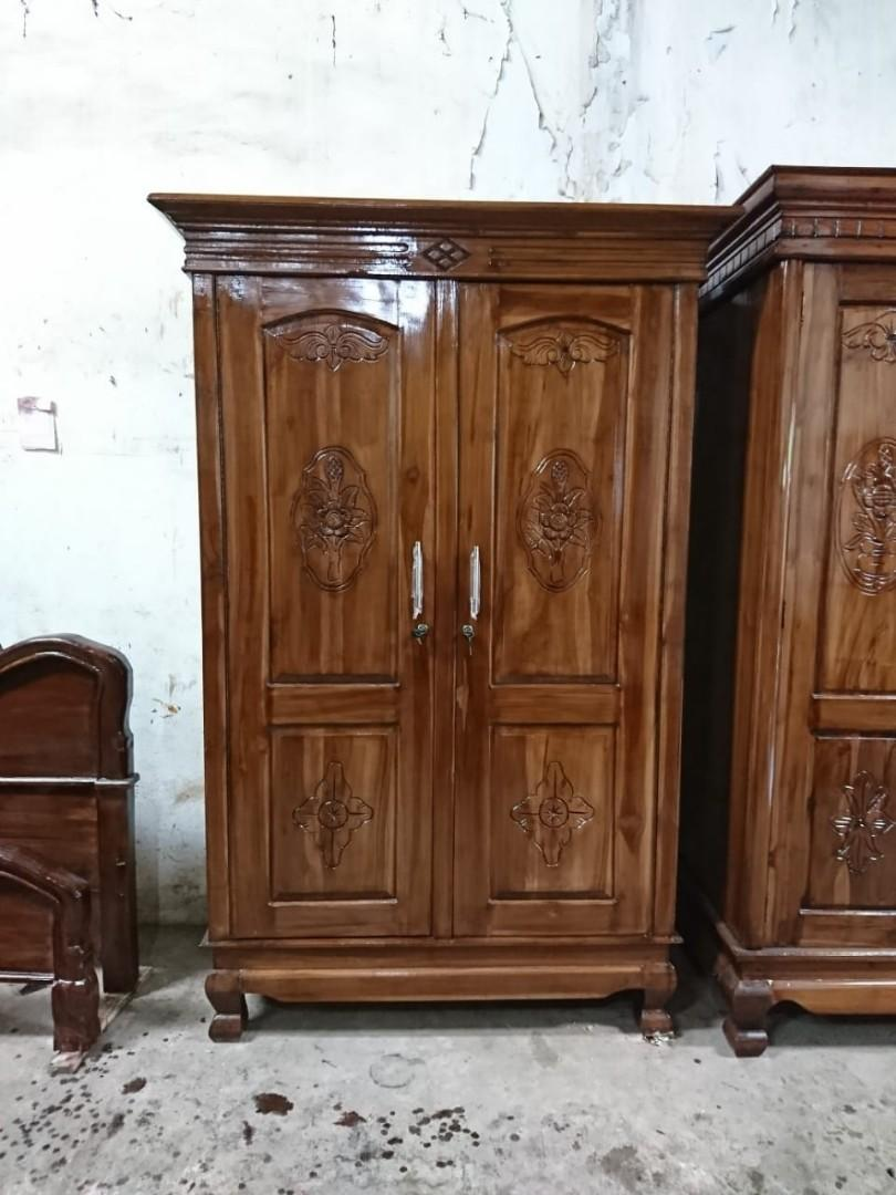 Lemari Kayu Jati pintu 2