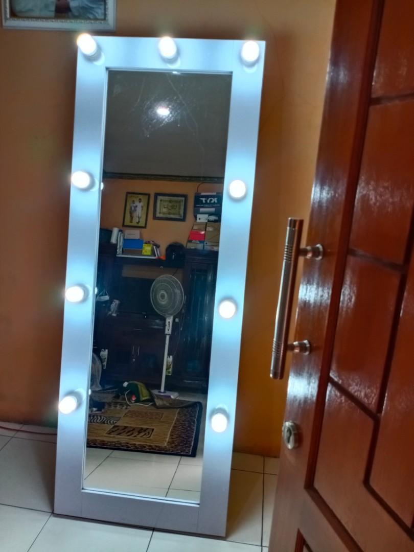 Standing kaca lampu