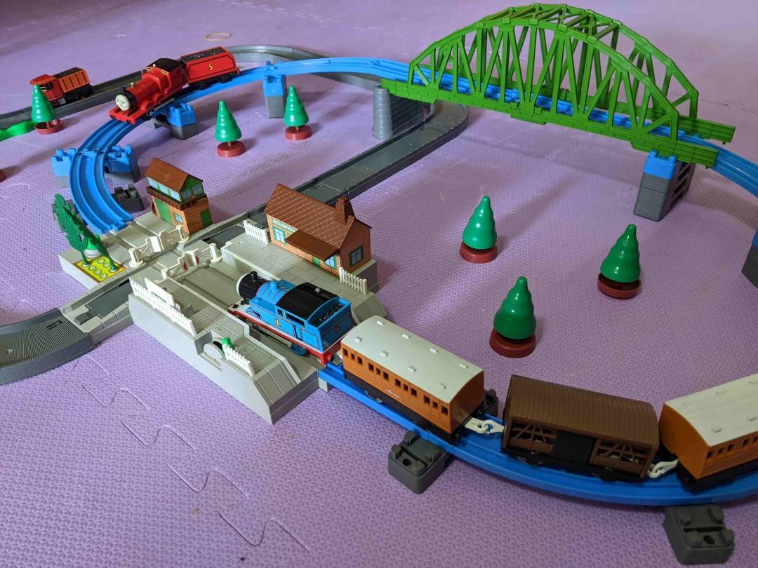 湯瑪士高架大鐵橋火車&公路豪華組