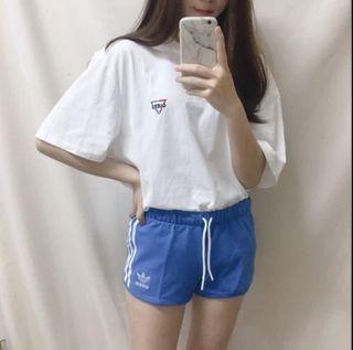 Adidas 愛迪達三線運動短褲(水藍)