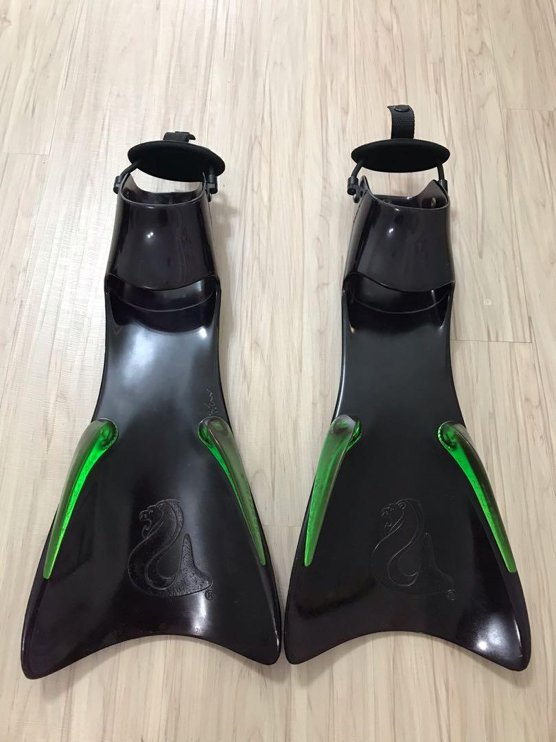 EXCELLERATING FORCE FIN 黑 潛水/浮潛 蛙鞋 Size L 近全新 限量版