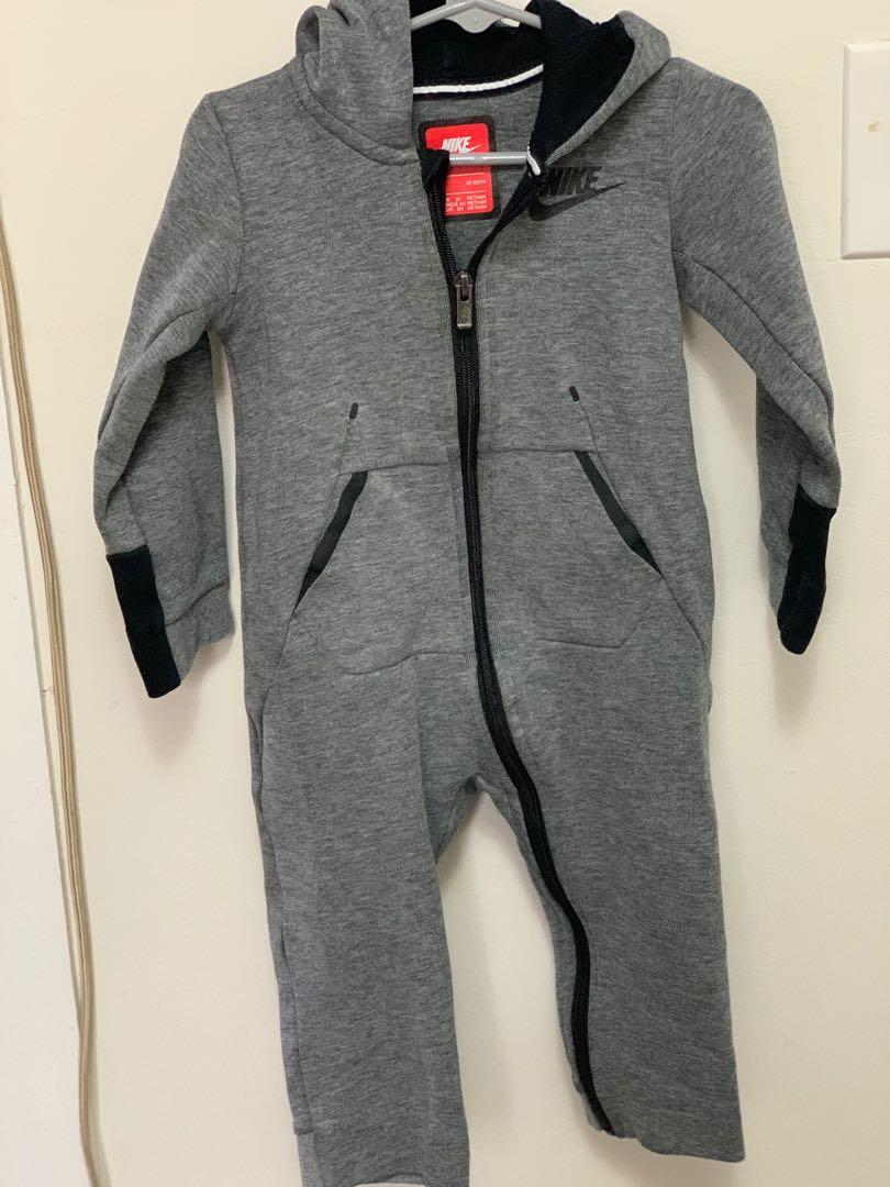 GUC Nike toddler boys jumpsuit sz 24m