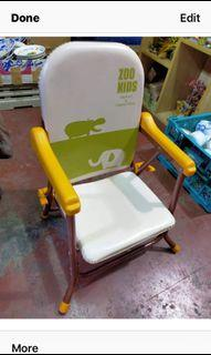 Low chair😃