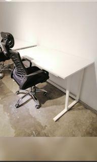 Mandaue Foam white desk