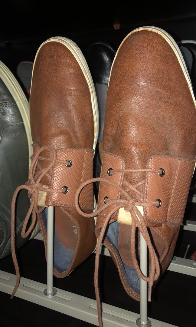 Men's size 11 shoes