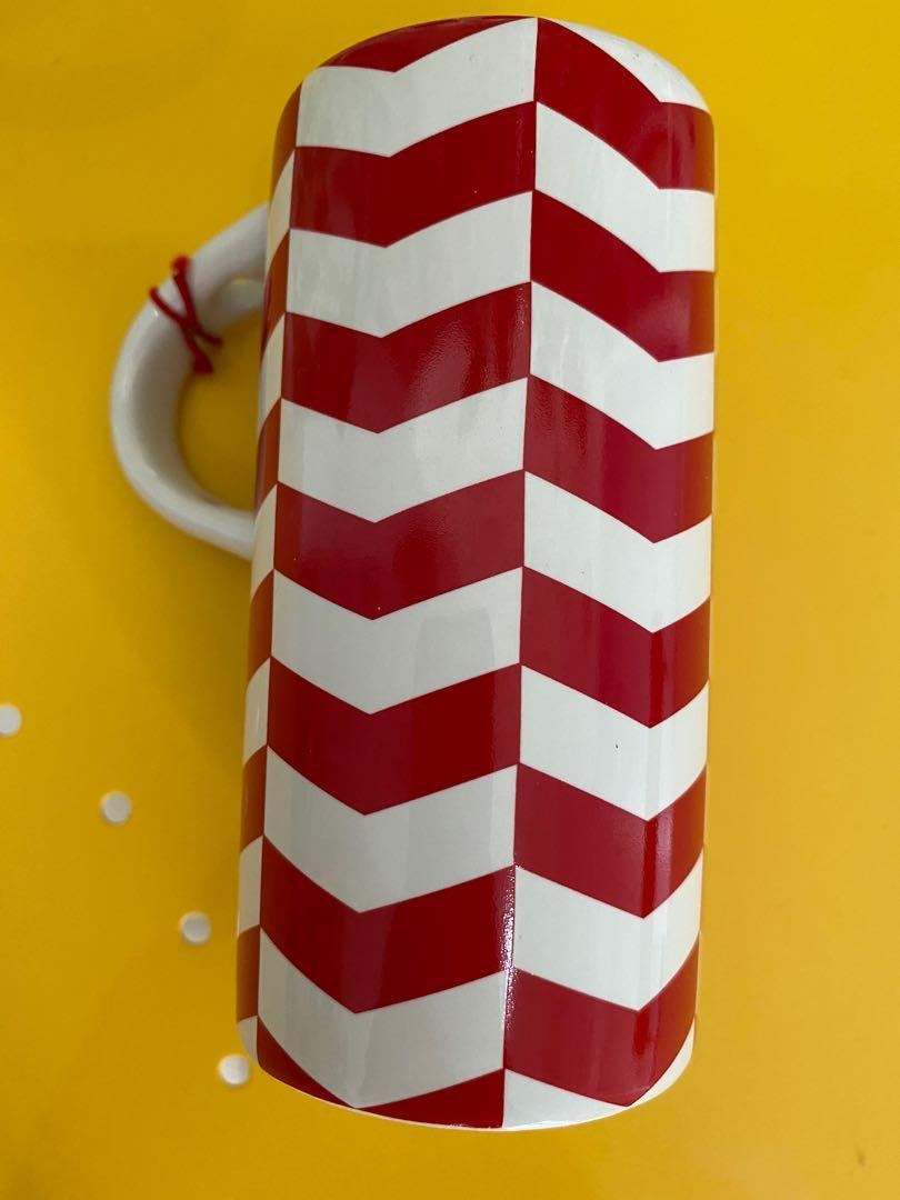 Mug Starbucks merah putih