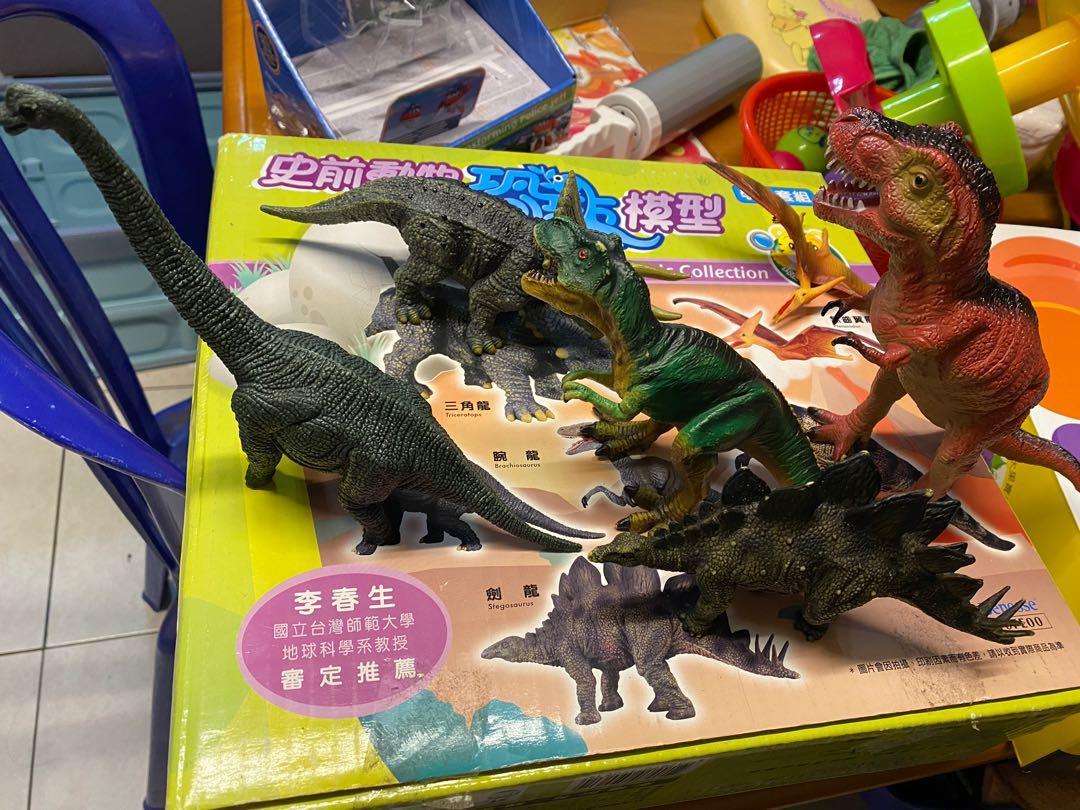 巧連智的仿真恐龍組