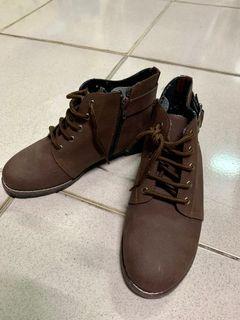 台灣製 咖啡色短靴 二手