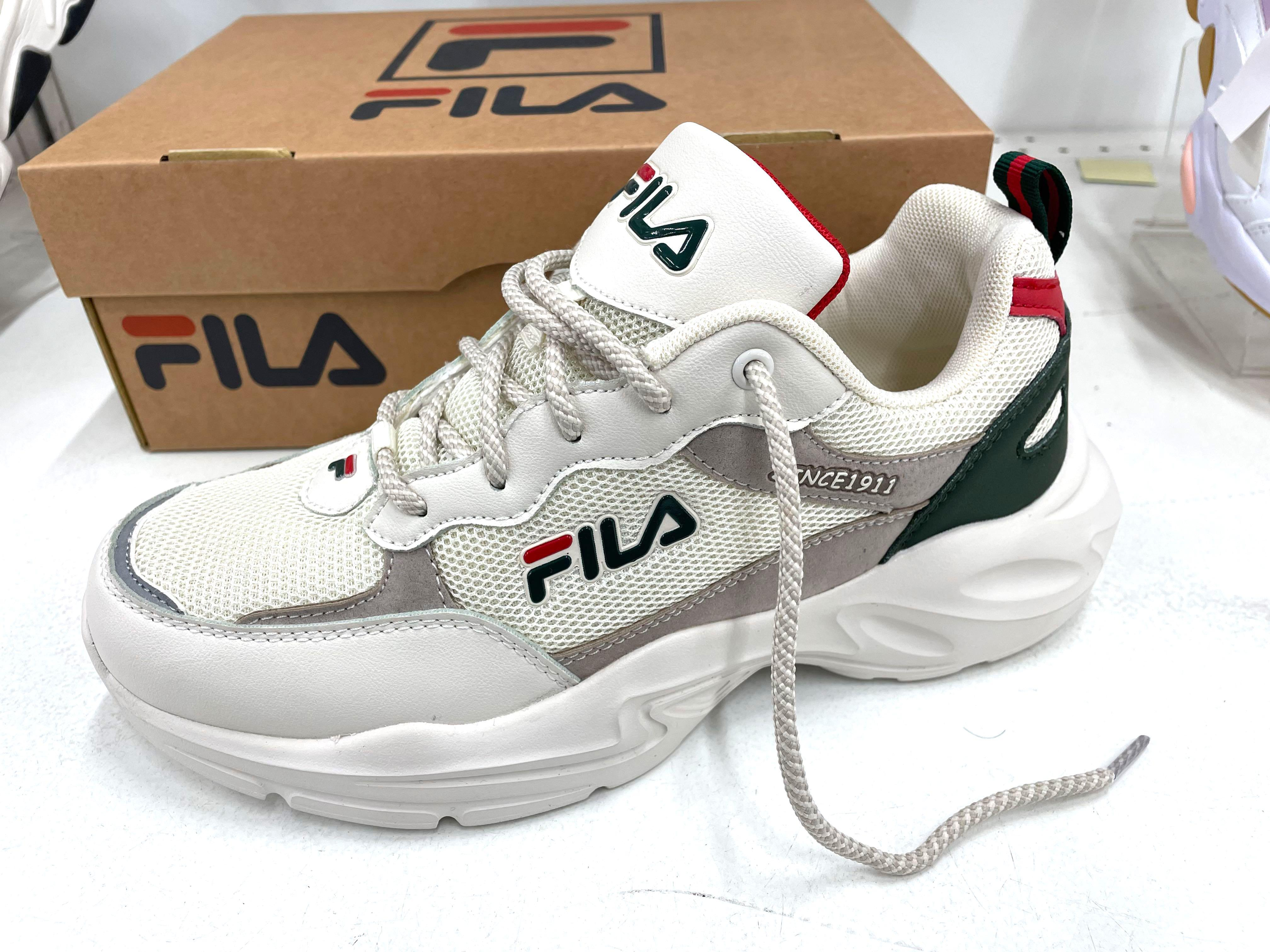 FILA Mesh jogging shoes retro style off-white men's running shoes 斐樂 網布慢跑鞋 復古風 米白色 男跑鞋 US8-US11.5