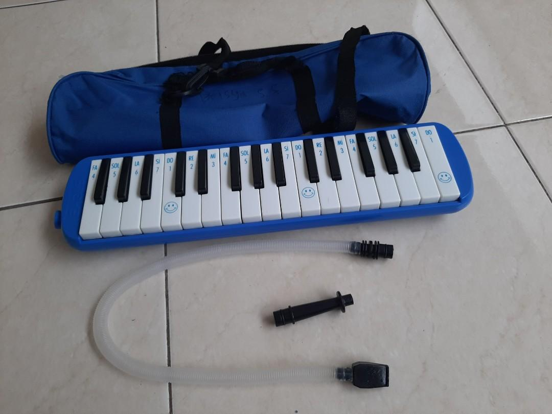Pianika brand Eagle