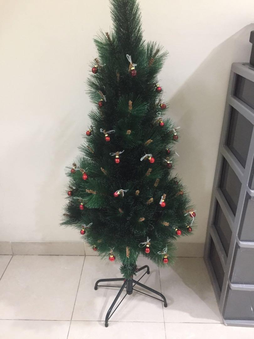 Paket pohon natal