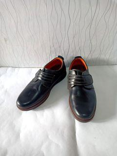 Sepatu Kulit Crocodile