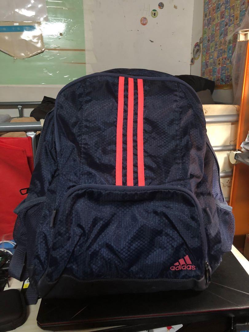 多件優惠 二手 Adidas 後背包 大容量可裝至少15寸以上筆電