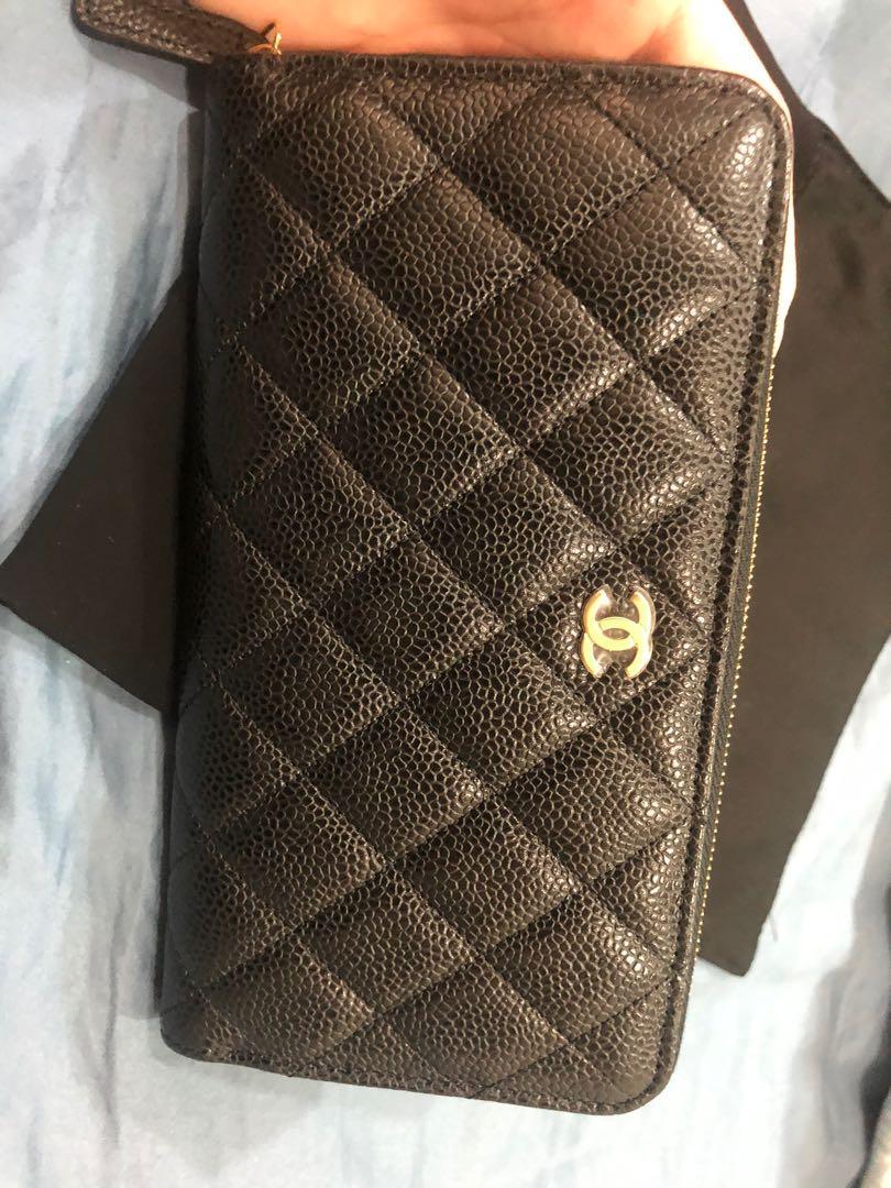 全新未使用Chanel 經典金色logo長夾