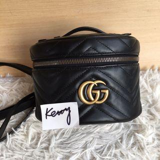 Gucci Marmont 黑色復古雙G化妝箱後背包