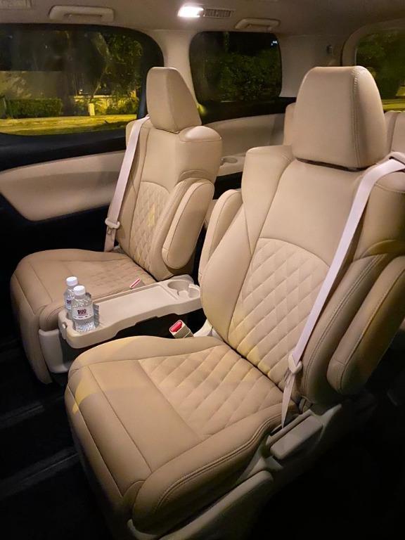 Toyota Alphard Hybrid 2019