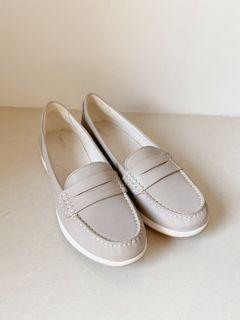 GEOX 灰藕色樂福鞋  40號 41號